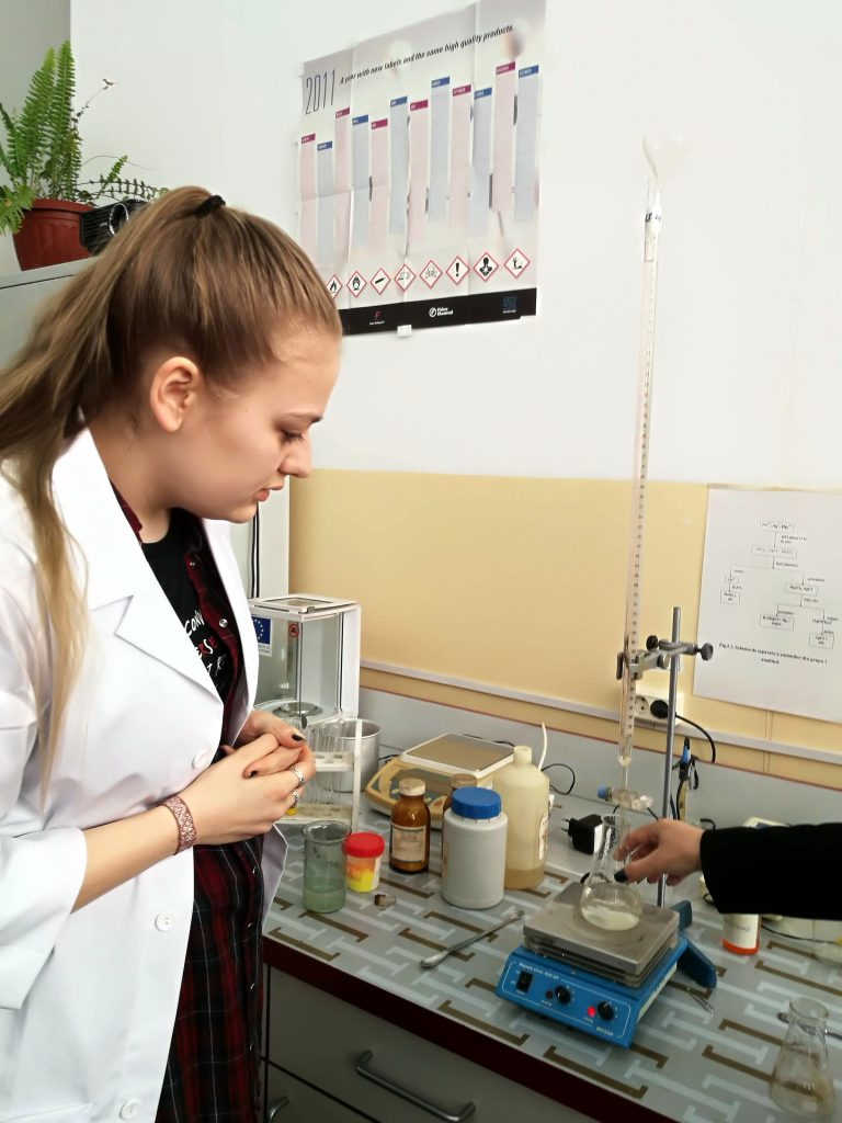 STEP STEM projekta ietvaros darbs laboratorija