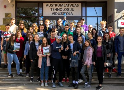 """Realizēta ATV Skolēnu parlamenta rīkotā iniciatīva """"Rozitten – Rēzekne"""""""